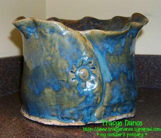 MT turquoise vase